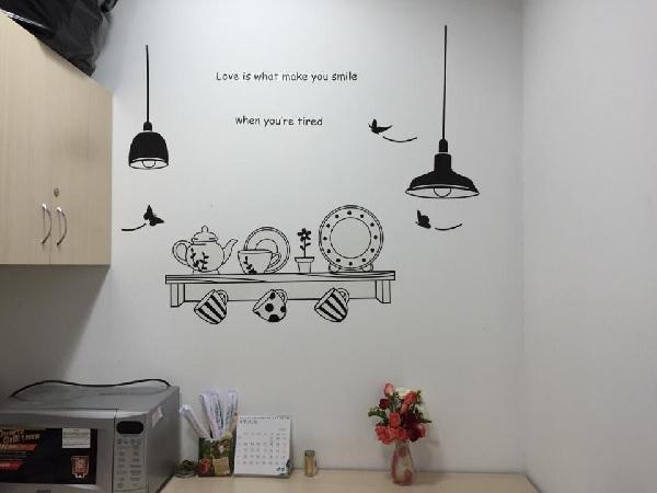 Decal dán tường có thiết kế đa dạng