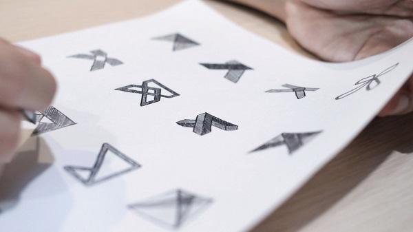 Ý tưởng thiết kế logo càng độc